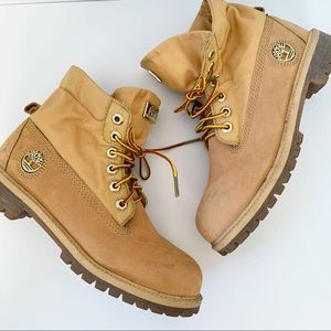 Timberland Classic Ankle Combat Boots